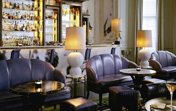The Most Stunning Modern Sofas In Restaurant Interiors