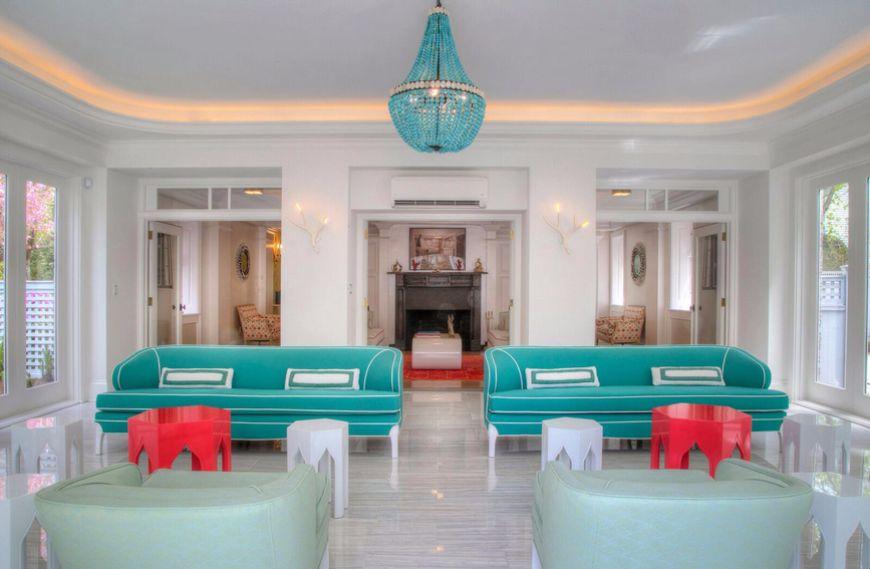 13 Impressive Modern Sofas In Fawn Galli Interiors modern sofas 13 Impressive Modern Sofas In Fawn Galli Interiors 13 Impressive Modern Sofas In Fawn Galli Interiors 10