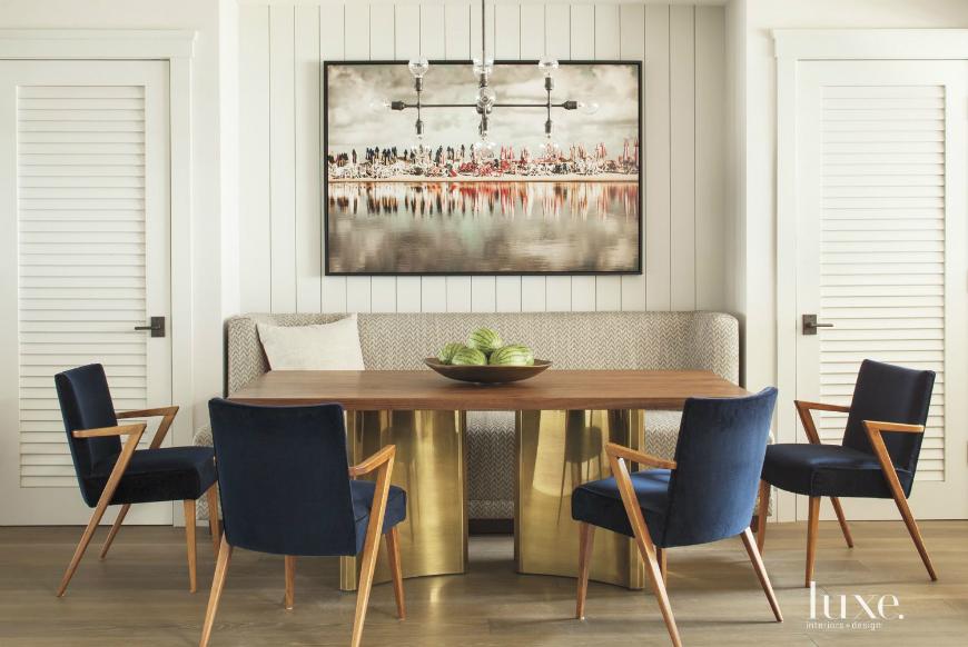 modern sofas 10 More Reasons To Consider Modern Sofas For Your Dining Room 10 More Reasons To Consider Modern Sofas For Your Dining Room 5 1