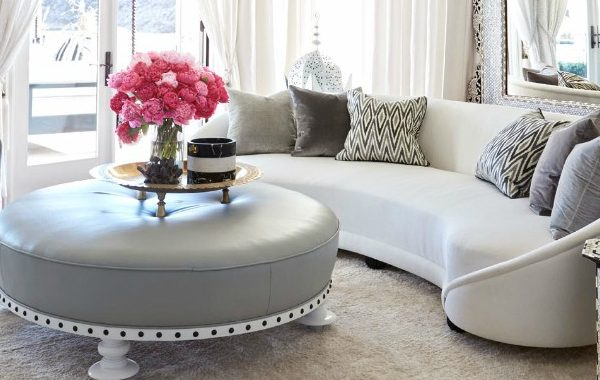 How To Decorate Around Vintage Sofas For A Stylish Home Decor vintage sofas How To Decorate Around Vintage Sofas For A Stylish Home Decor How To Decorate Around Vintage Sofas For A Stylish Home Decor 600x380