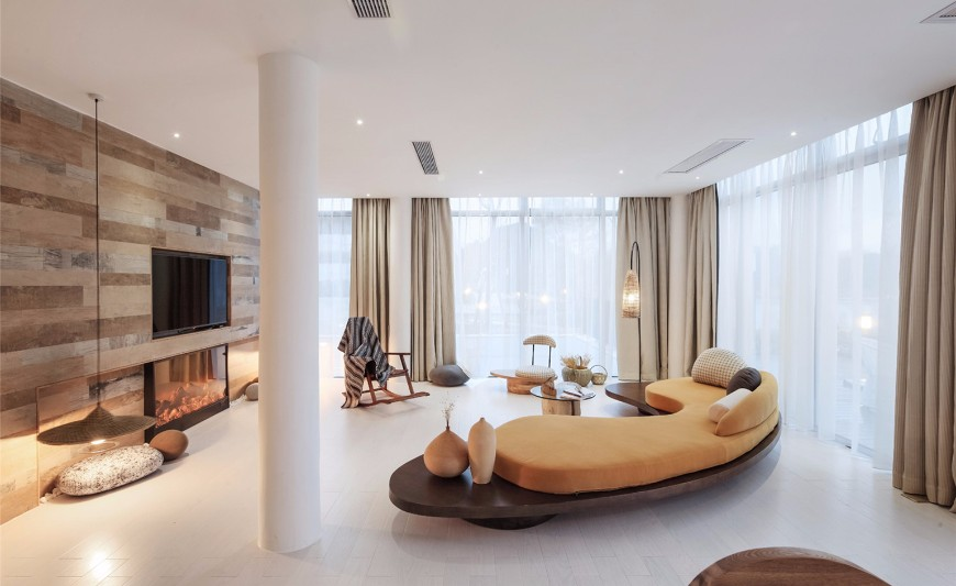 10 Remarkable Lounge Sofas In Hotel Interior Design Projects