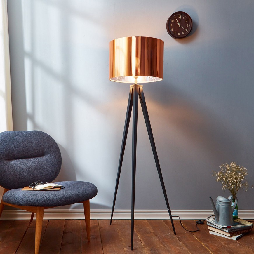 10 Striking Modern Lamps To Place Around Your Living Room Sofa living room sofa 10 Striking Modern Lamps To Place Around Your Living Room Sofa 18b31204c03d2ef22b5abcd1c82368ff