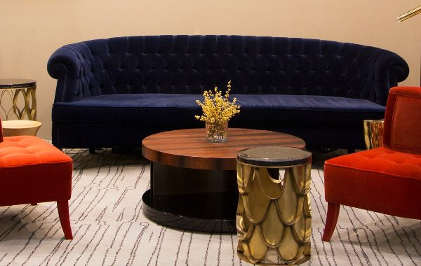 navy blue sofas 8 Navy Blue Sofas That Will Boost The Style Of Your Living Room featured image 2 600x380