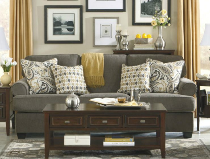 Small Living Room Upholstered with Modern Sofas small living room Small Living Room Upholstered with Modern Sofas Small Living Rooms Upholstered with Modern Sofas11 740x560  FrontPage Small Living Rooms Upholstered with Modern Sofas11 740x560