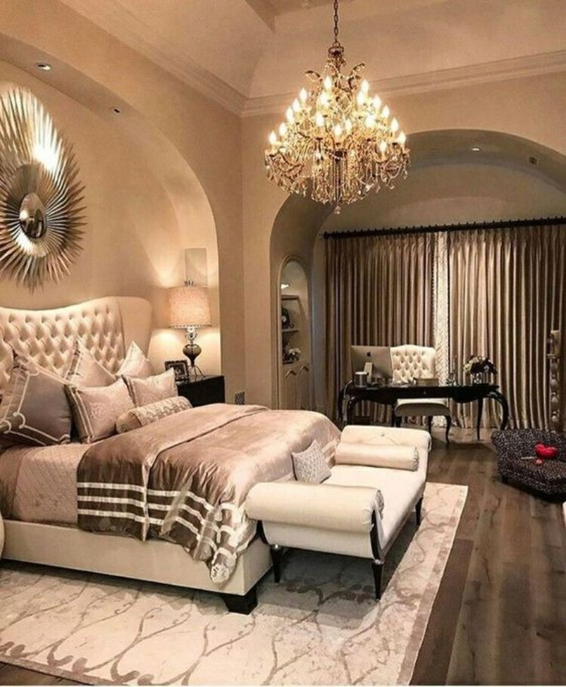 Luxury Bedroom Designed With Modern